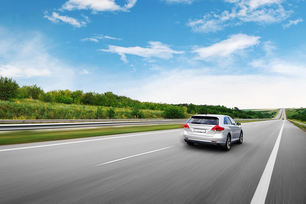 Anpassung der Fahrweise an die Strecke reduziert den Verbrauch
